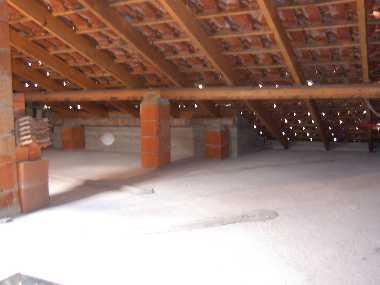 Isolamento termico del sottotetto - Sfruttare sottotetto basso ...